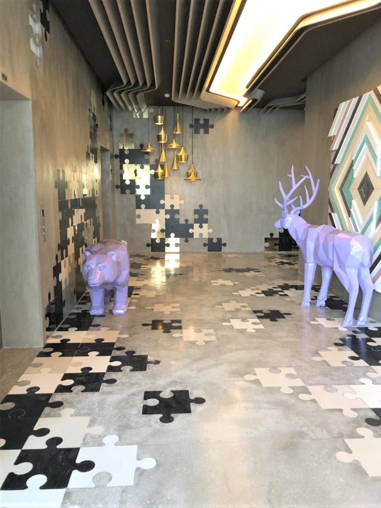 arte plus lobby 3